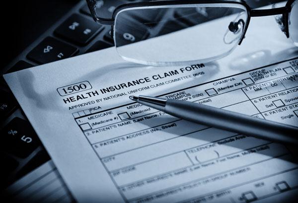 Pediatric Dentist   We Accept PPO, HMO, Care Credit & Credit